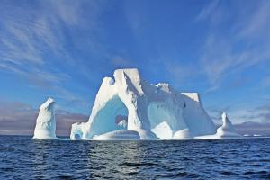 MS WORLD EXPLORER: Antarctic Express