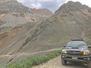 USA | Rocky Mountains - Geisterstädte, Gebirgspässe und heiße Quellen